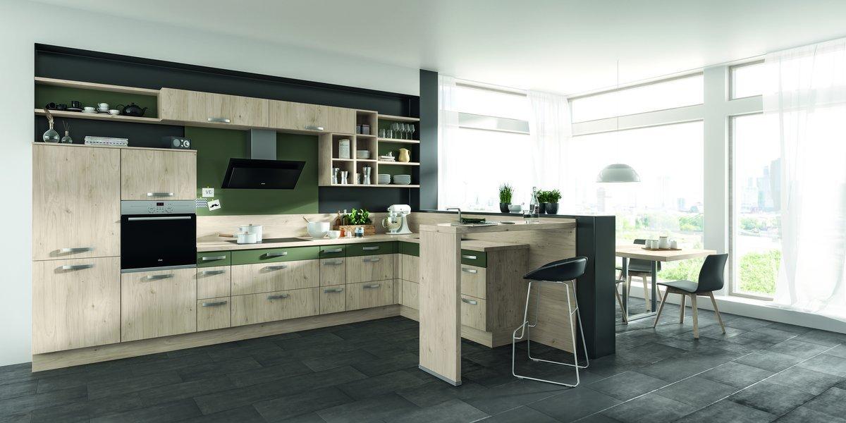 Impuls-Küche-Holzdekor